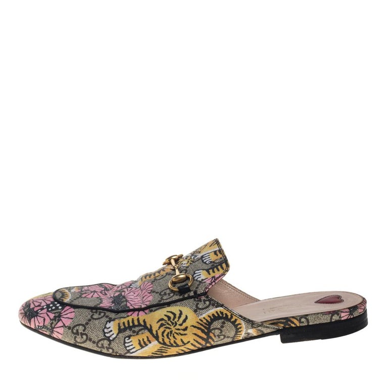 First introduced as part of Gucci's Fall Winter 2015 collection, the Princetown mules are an absolute favorite worldwide and have been worn by countless celebrities. These multicolor mules have been designed in the signature GG supreme canvas and