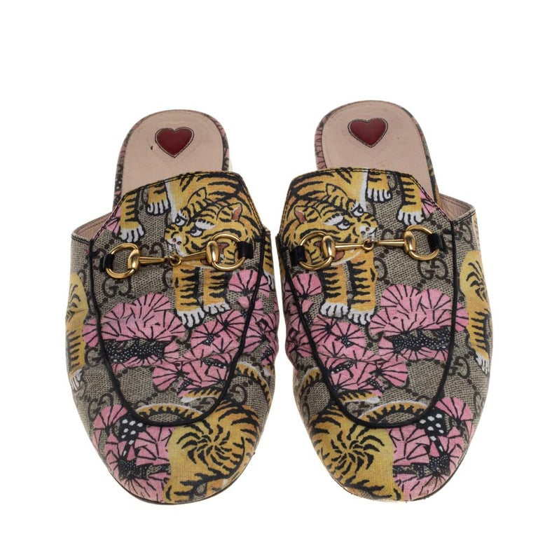 Brown Gucci Multicolor GG Supreme Bengal Princetown Mule Sandals Size 40 For Sale