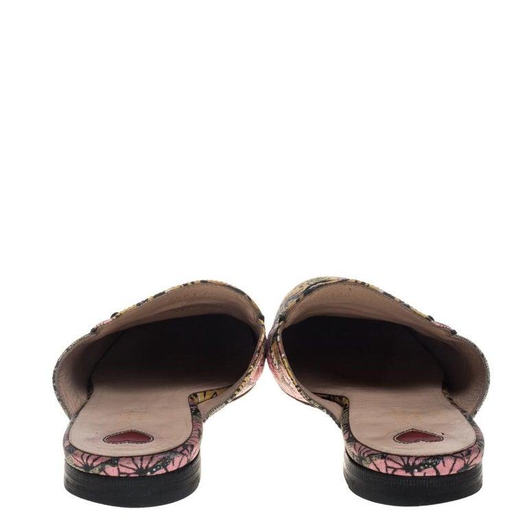 Gucci Multicolor GG Supreme Bengal Princetown Mule Sandals Size 40 In Fair Condition For Sale In Dubai, Al Qouz 2