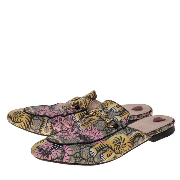 Women's Gucci Multicolor GG Supreme Bengal Princetown Mule Sandals Size 40 For Sale