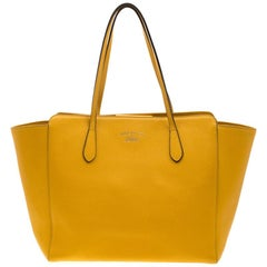 Gucci Mustard Leather Large Swing Shopper Tote