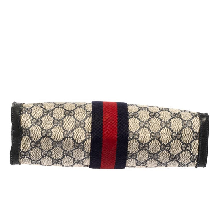 Gucci Navy Blue GG Canvas and Leather Vintage Web Clutch For Sale 5