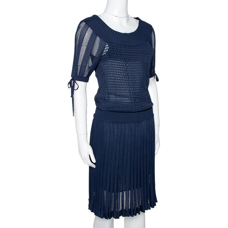 Black Gucci Navy Blue Perforated Knit Pleated Midi Dress XS For Sale