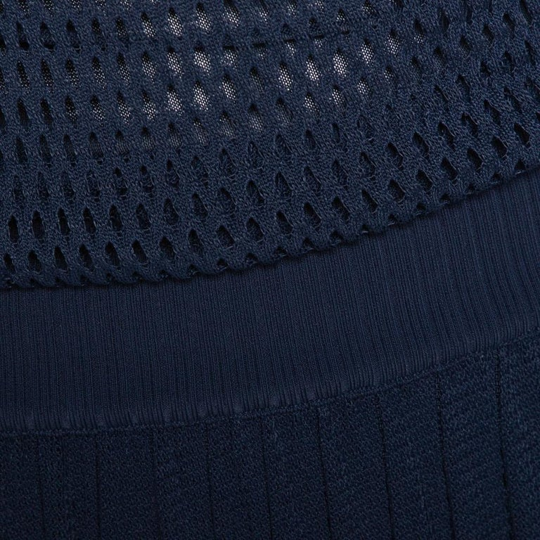 Gucci Navy Blue Perforated Knit Pleated Midi Dress XS For Sale 2