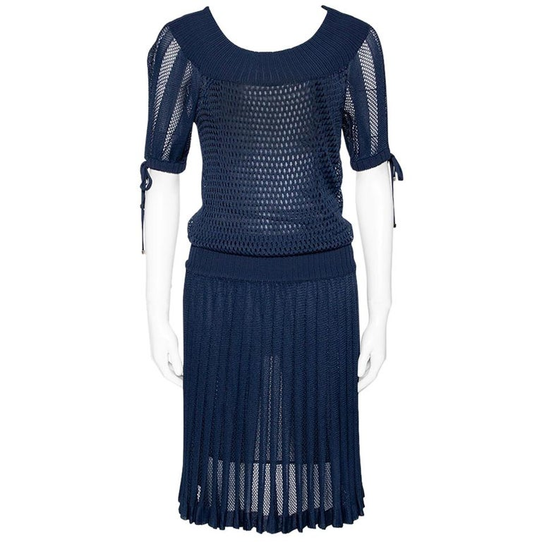 Gucci Navy Blue Perforated Knit Pleated Midi Dress XS For Sale