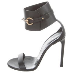 Gucci NEW Black Leather Gold Horsebit Evening Sandals Heels in Box