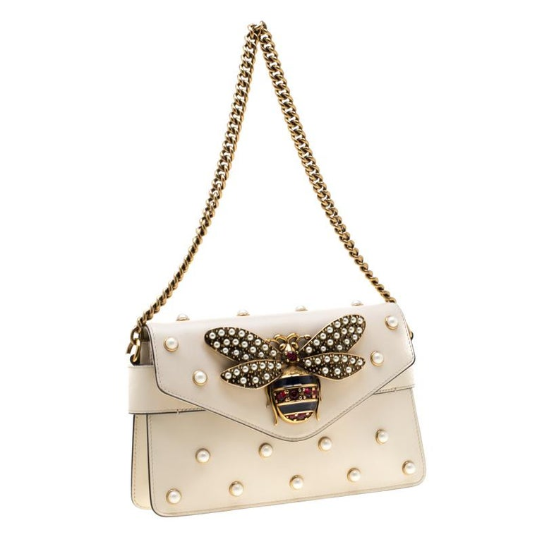 Gucci Off White Leather Broadway Pearly Bee Shoulder Bag 4