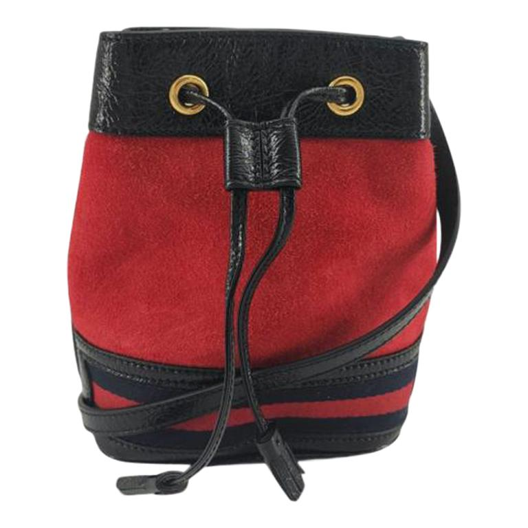 GUCCI Ophidia Shoulder bag in Red Velvet