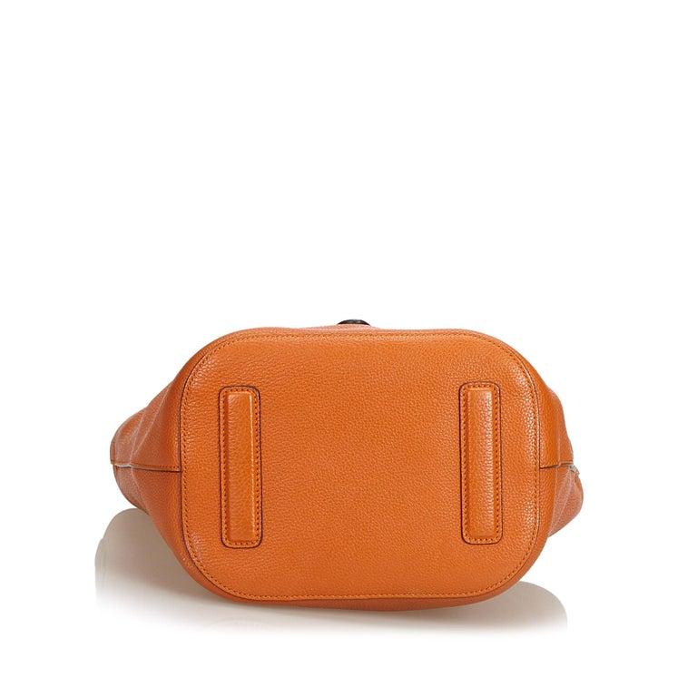 08211f1503c Women s Gucci Orange Leather New Jackie Bucket Bag Italy w  Dust Bag For  Sale