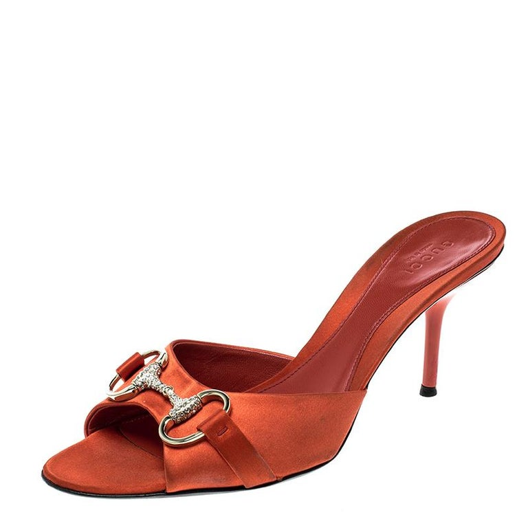3b624c35db7e55 Gucci Orange Satin Crystal Embellished Horsebit Slides Size 37 For Sale at  1stdibs