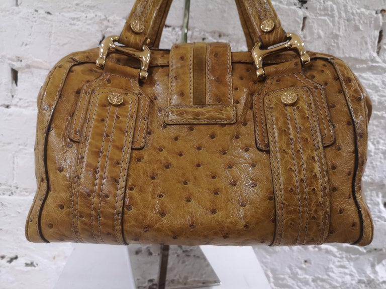 Gucci ostrich speedy light brown handle bag For Sale 4