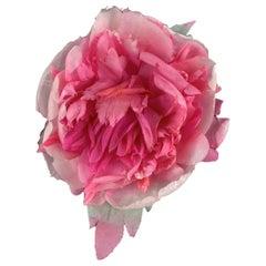 Gucci Oversized Pink Flower Silk Brooch Never Worn