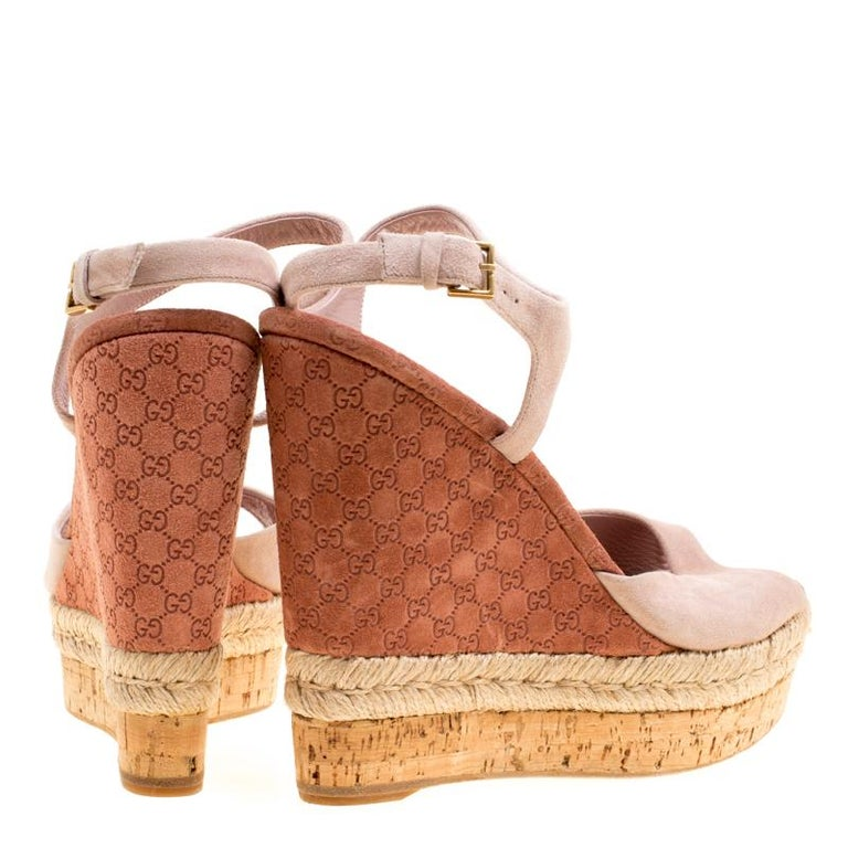 42ee4de288 Beige Gucci Pale Pink Suede Hollie Espadrille Wedge Sandals Size 38.5 For  Sale