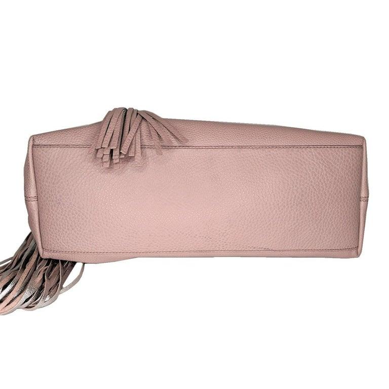 Women's Gucci Pebbled Calfskin Medium Soho Chain Shoulder Bag For Sale