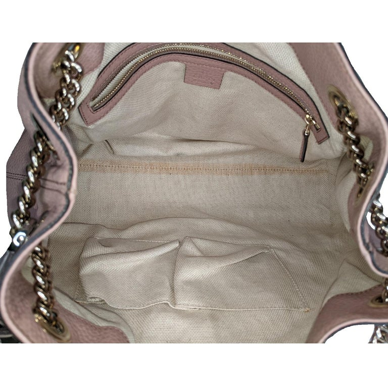 Gucci Pebbled Calfskin Medium Soho Chain Shoulder Bag For Sale 2