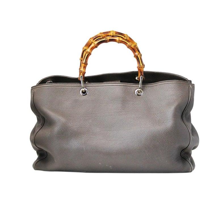 Gray Gucci Pebbled Leather Large Brown Handbag And Shoulder Bag For Sale