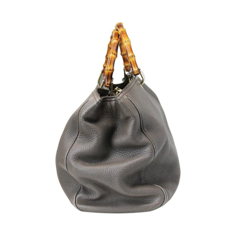 Gucci Pebbled Leather Large Brown Handbag And Shoulder Bag In Fair Condition For Sale In Boca Raton, FL