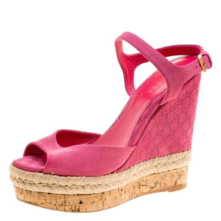 0c8b2e26b Gucci Pink Guccissima Suede Cork Wedge Sandals Size 36 For Sale at ...