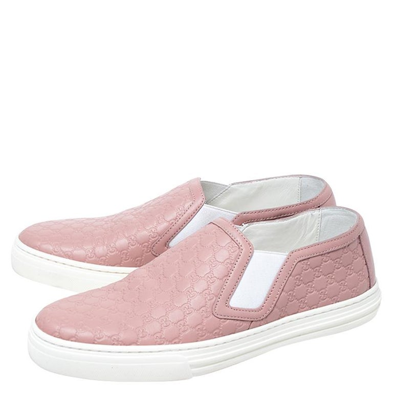 Gucci Pink Microguccisima Leather Slip On Sneakers 35.5 For Sale 1