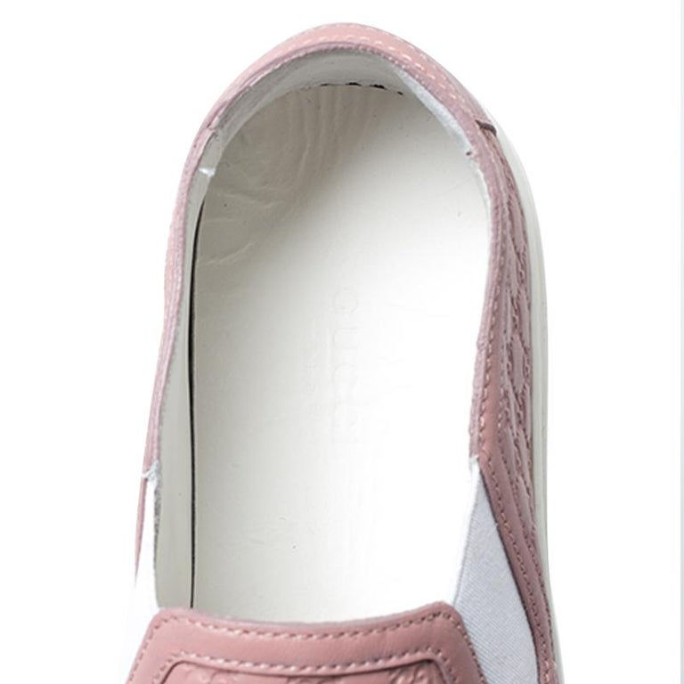 Gucci Pink Microguccisima Leather Slip On Sneakers 35.5 For Sale 2