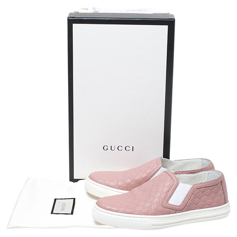 Gucci Pink Microguccisima Leather Slip On Sneakers 35.5 For Sale 4