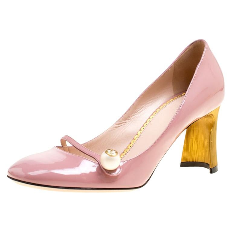 0adba8e3304 Gucci Pink Patent Leather Pearl Detail Mary Jane Pumps Size 38.5 For Sale