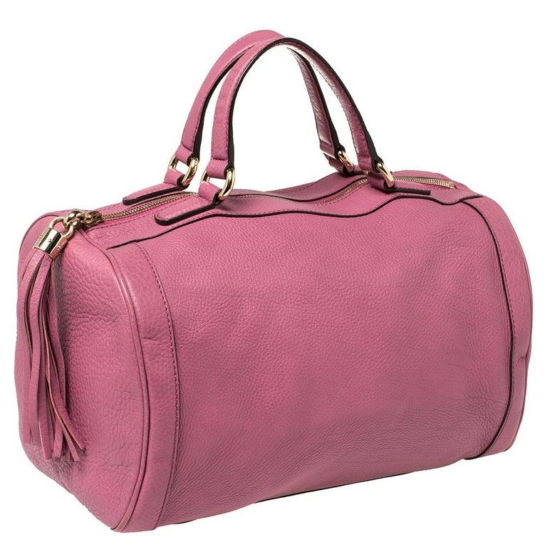 Gucci Pink Pebbled Leather Soho Boston Bag In Good Condition For Sale In Dubai, Al Qouz 2
