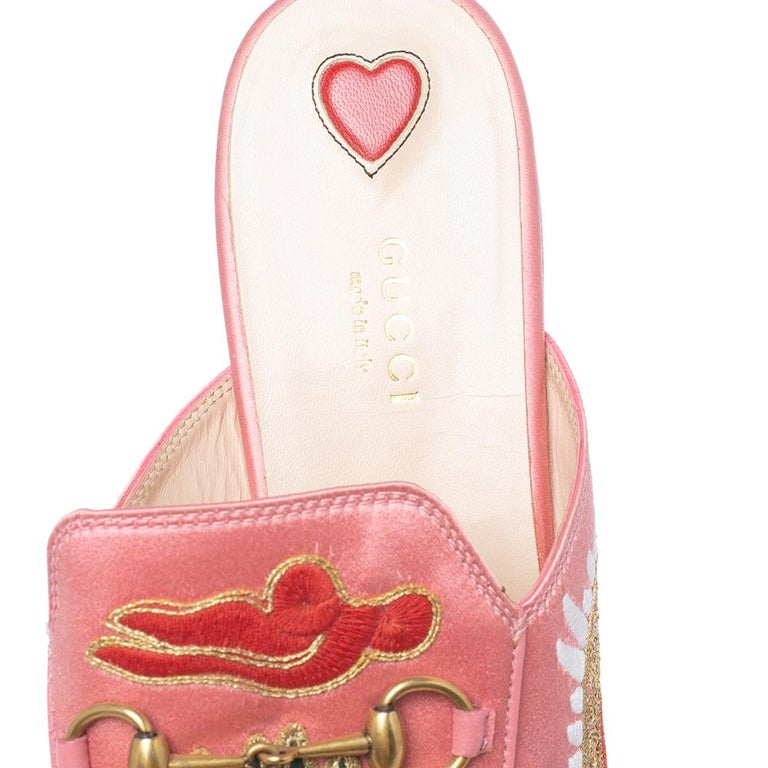 Women's Gucci Pink Satin Dragon Embroidery Princetown Mule Flats Size 40 For Sale