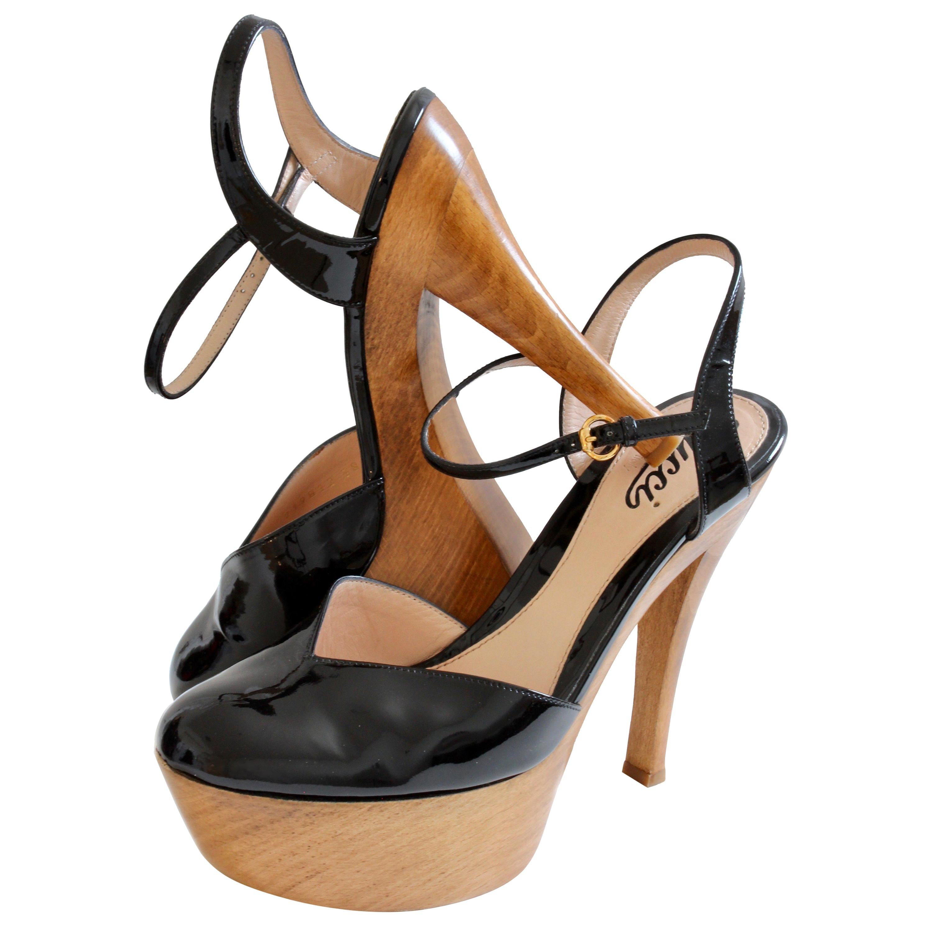 Gucci Platform Shoes Black Patent Leather Ankle Strap Wood Heel in Box sz 38