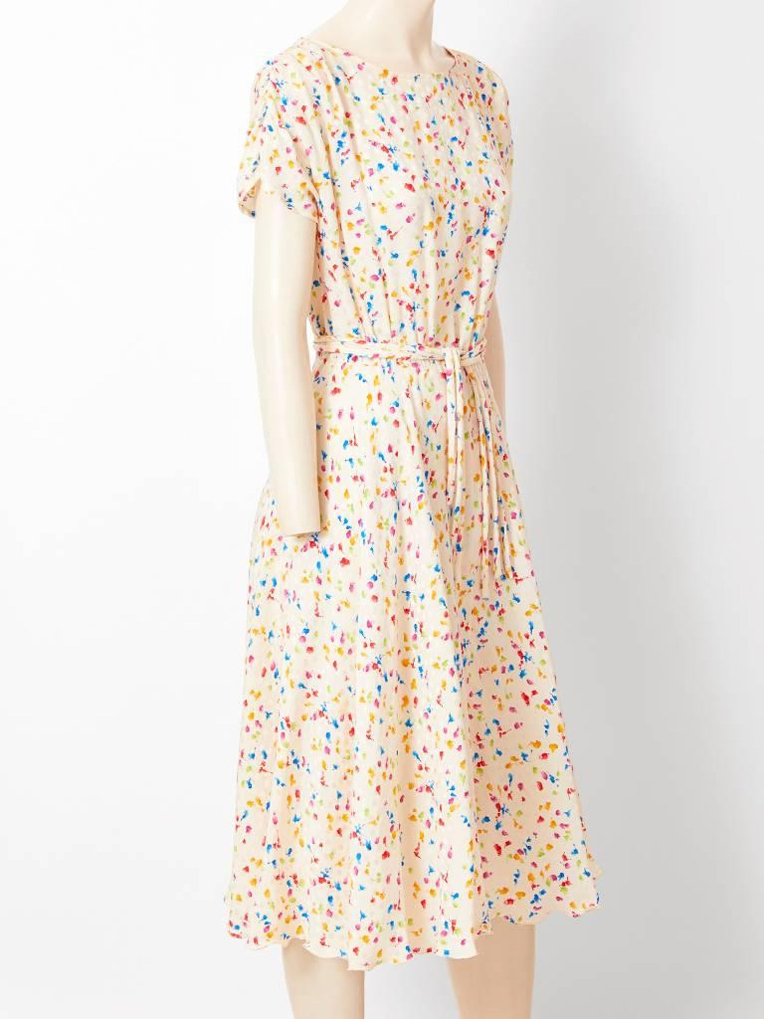 ab27b1eb8 Gucci Printed Silk Day Dress at 1stdibs