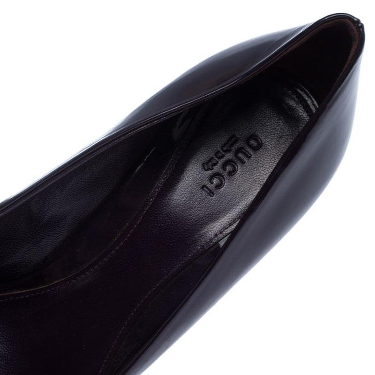 Gucci Purple Patent Leather Horsebit Pointed Toe Pumps Size 37.5 For Sale 2