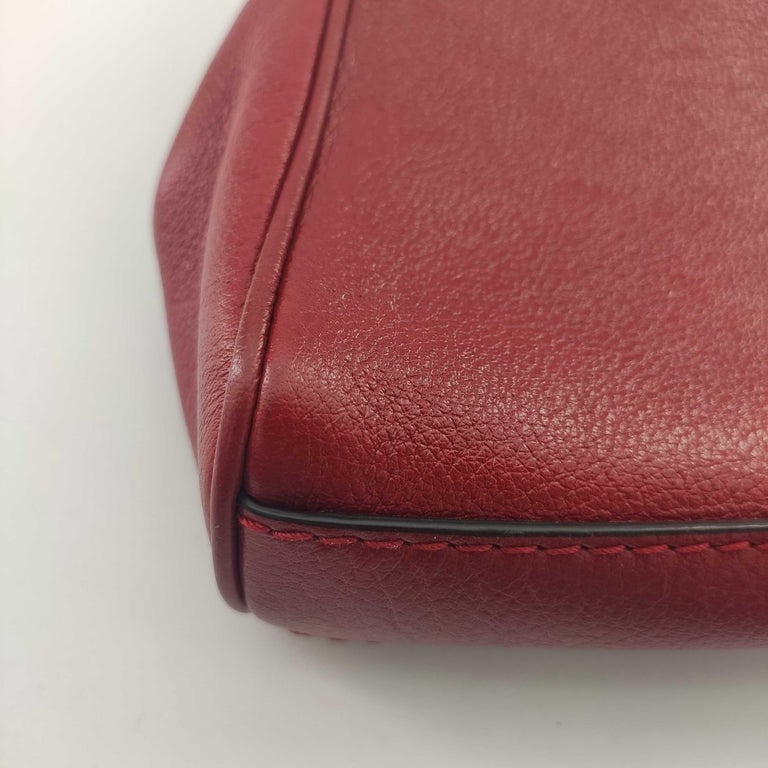 GUCCI Rebelle Shoulder bag in Red Leather For Sale 5