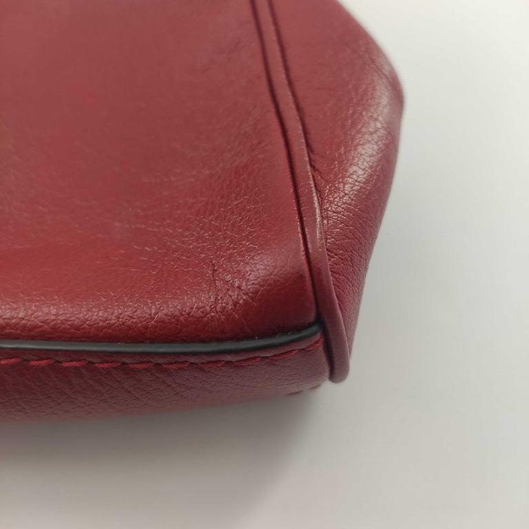 GUCCI Rebelle Shoulder bag in Red Leather For Sale 8