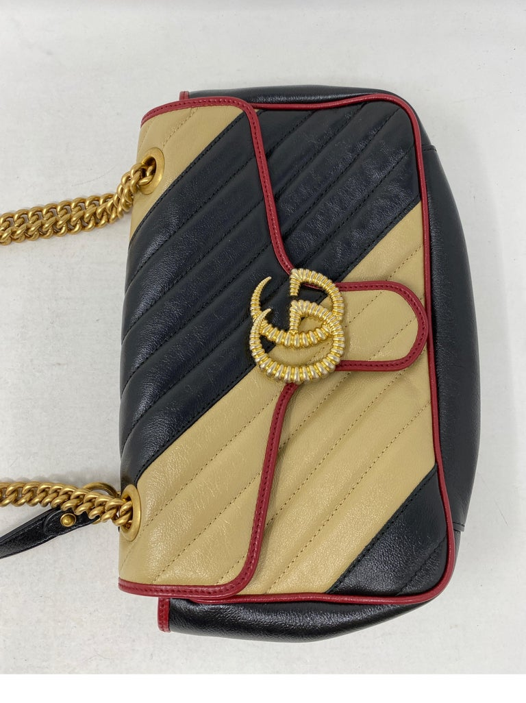 Gucci Red and Black Marmont Bag  For Sale 1