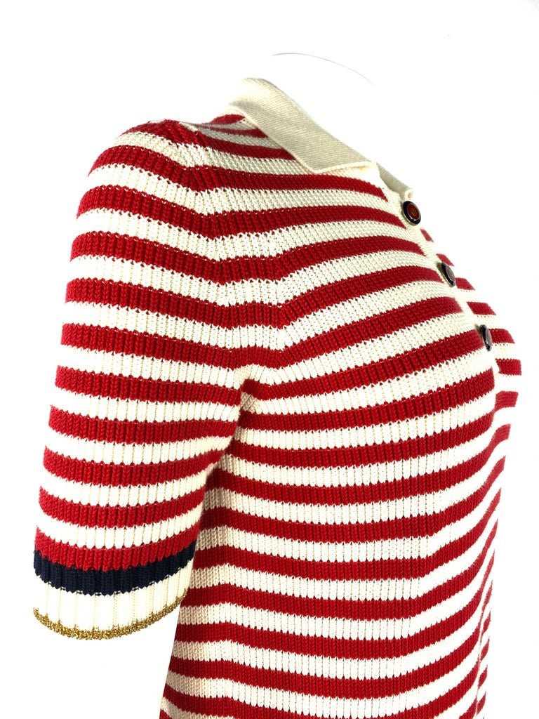 Women's Gucci Red and White Wool Knit Sweater Top For Sale