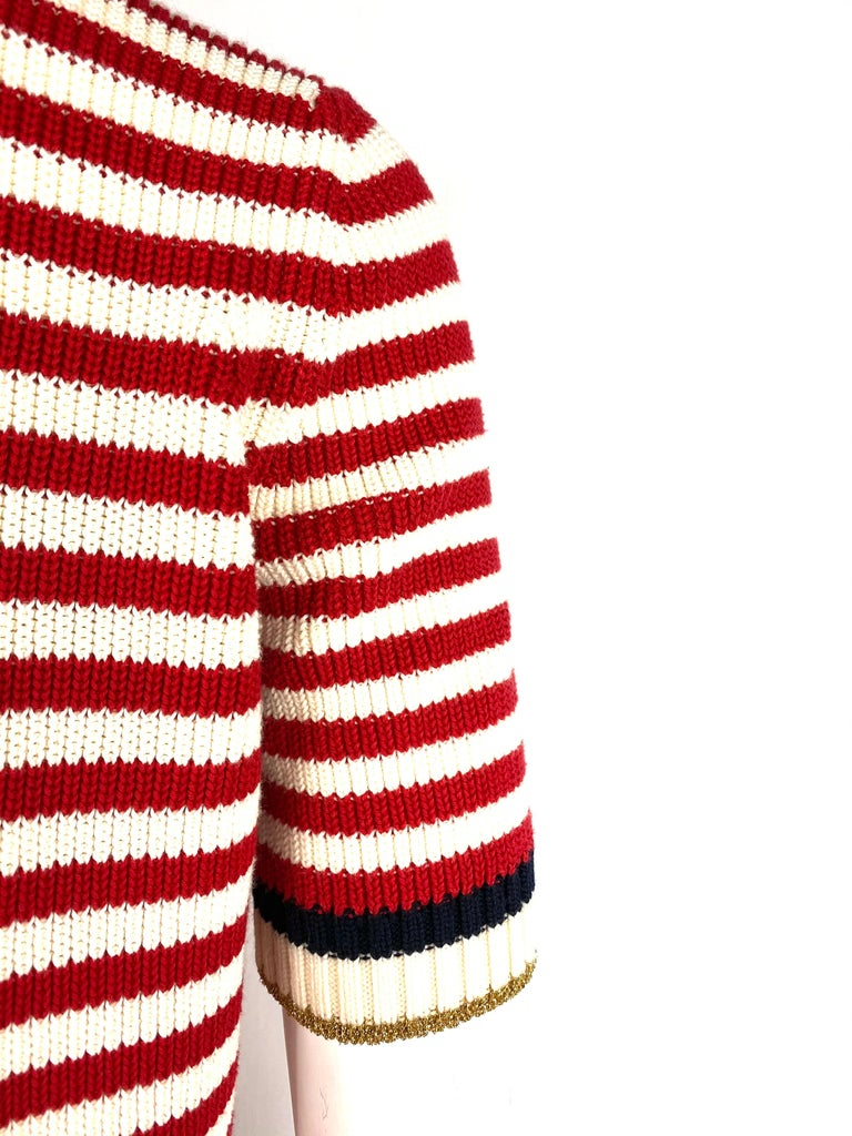 Gucci Red and White Wool Knit Sweater Top For Sale 3