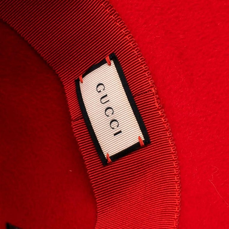 Gucci Red Asymmetrical Wide Brim Rabbit Felt Hat - Size M For Sale 1