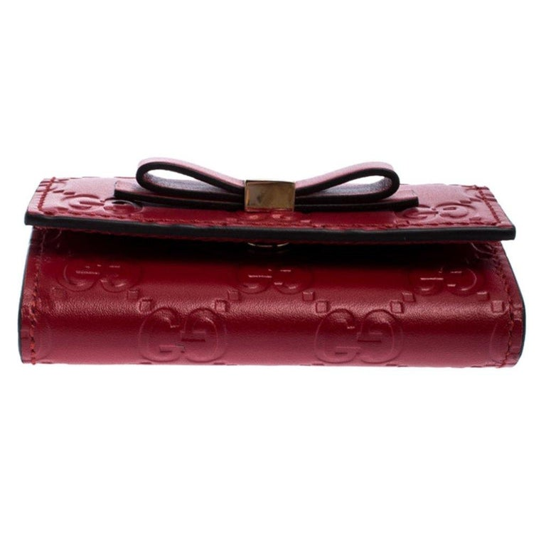 Women's Gucci Red Guccissima Leather Bow 6 Key Holder For Sale