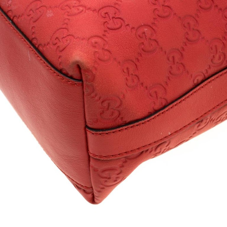 Gucci Red Guccissima Leather Charm Hobo For Sale 6