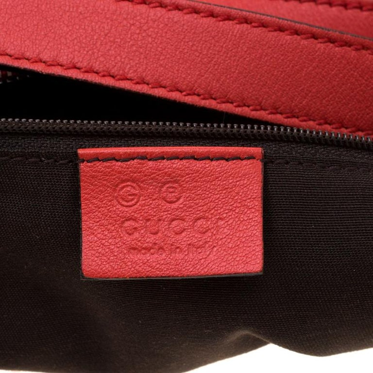 Gucci Red Guccissima Leather Charm Hobo For Sale 3