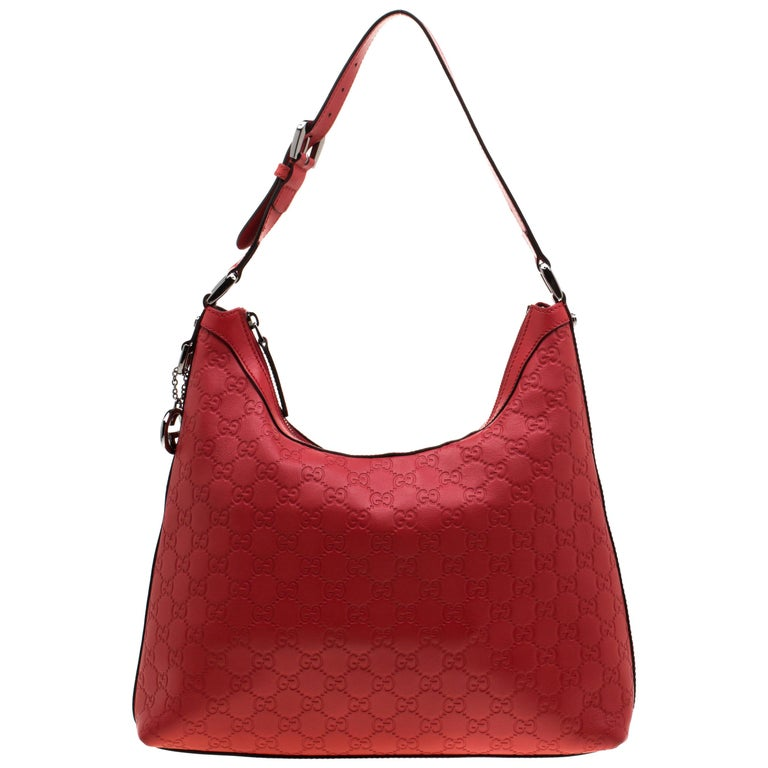 6c2e06461 Gucci Red Guccissima Leather Charm Hobo For Sale at 1stdibs