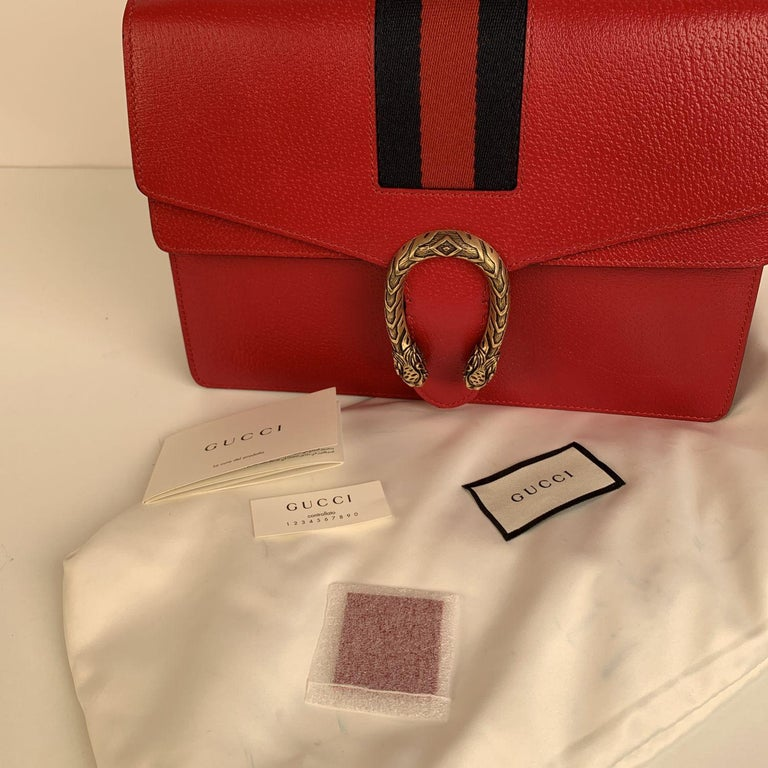 Gucci Red Hibiscus Leather Dionysus Medium Shoulder Bag In Excellent Condition For Sale In Rome, Rome