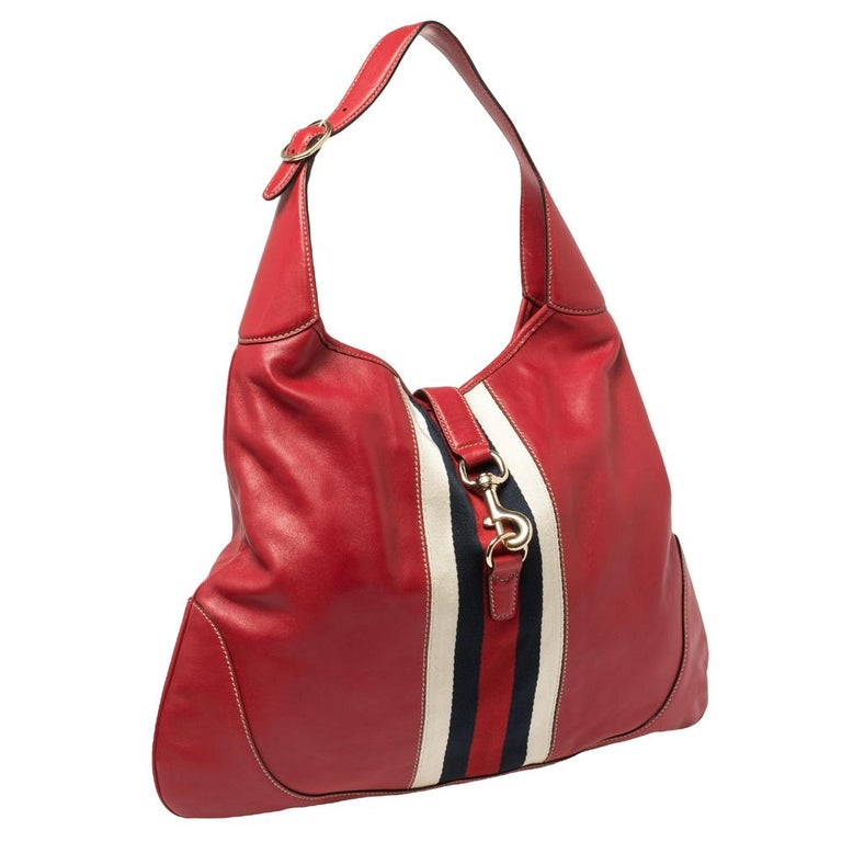 Gucci Red Leather And Canvas Web Jackie O Bouvier Hobo In Good Condition For Sale In Dubai, Al Qouz 2