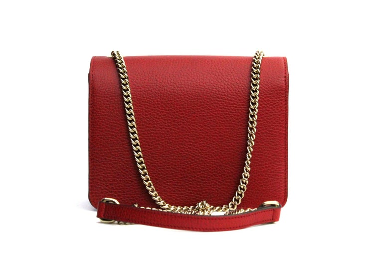 Gucci Red Leather Crossbody Bag In Excellent Condition For Sale In Torre Del Greco, IT