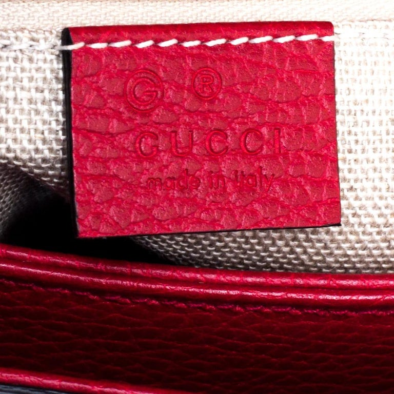 Gucci Red Leather Dollar Interlocking G Top Handle Bag For Sale 3