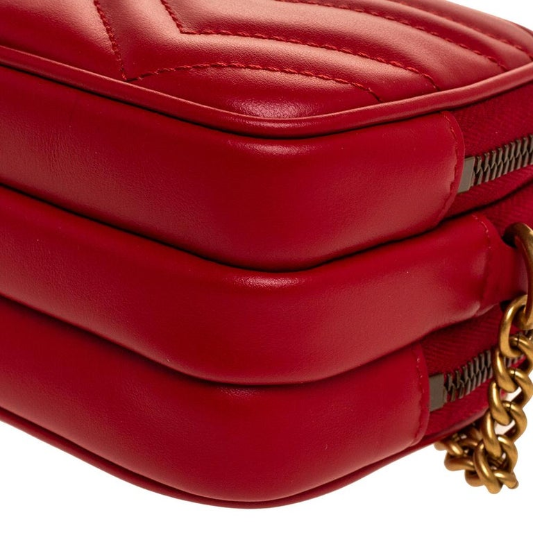 Gucci Red Leather Mini GG Marmont Chain Shoulder Bag 2
