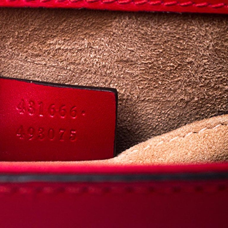 Gucci Red Leather Mini Web Chain Sylvie Shoulder Bag For Sale 4