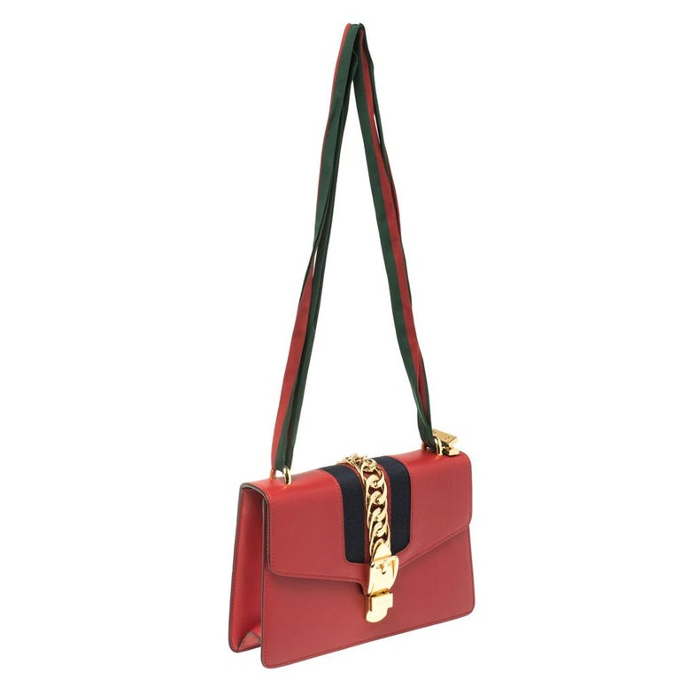 Women's Gucci Red Leather Small Web Chain Sylvie Shoulder Bag For Sale
