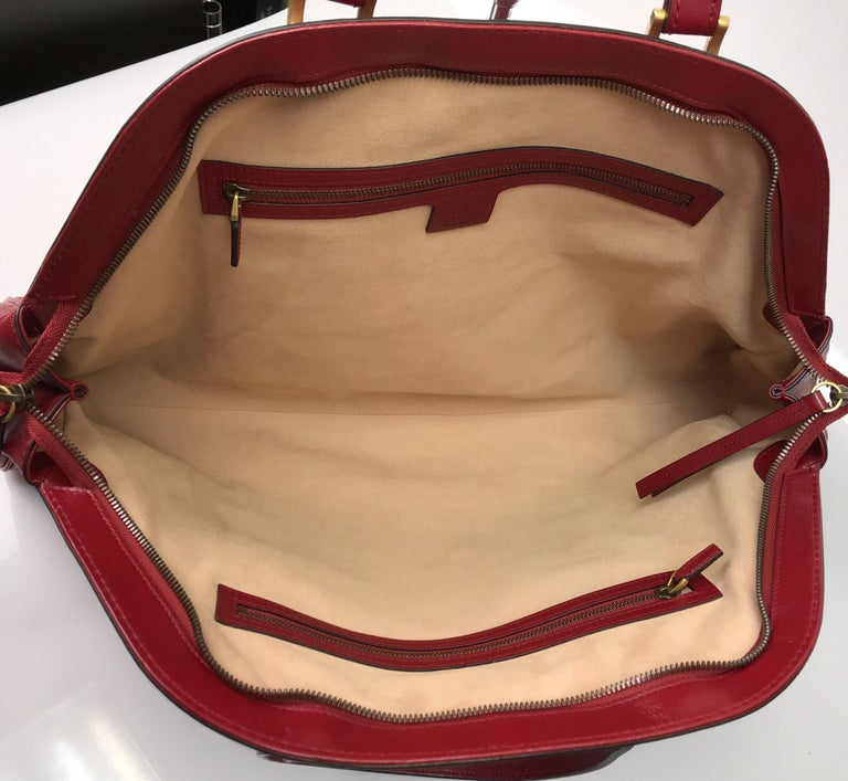 Gucci Red Marmont Re(Belle) Handbag For Sale 1