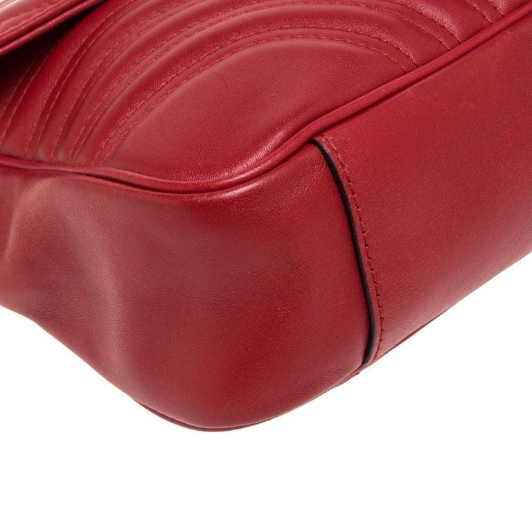 Gucci Red Matelasse Leather Medium GG Marmont Shoulder Bag For Sale 2